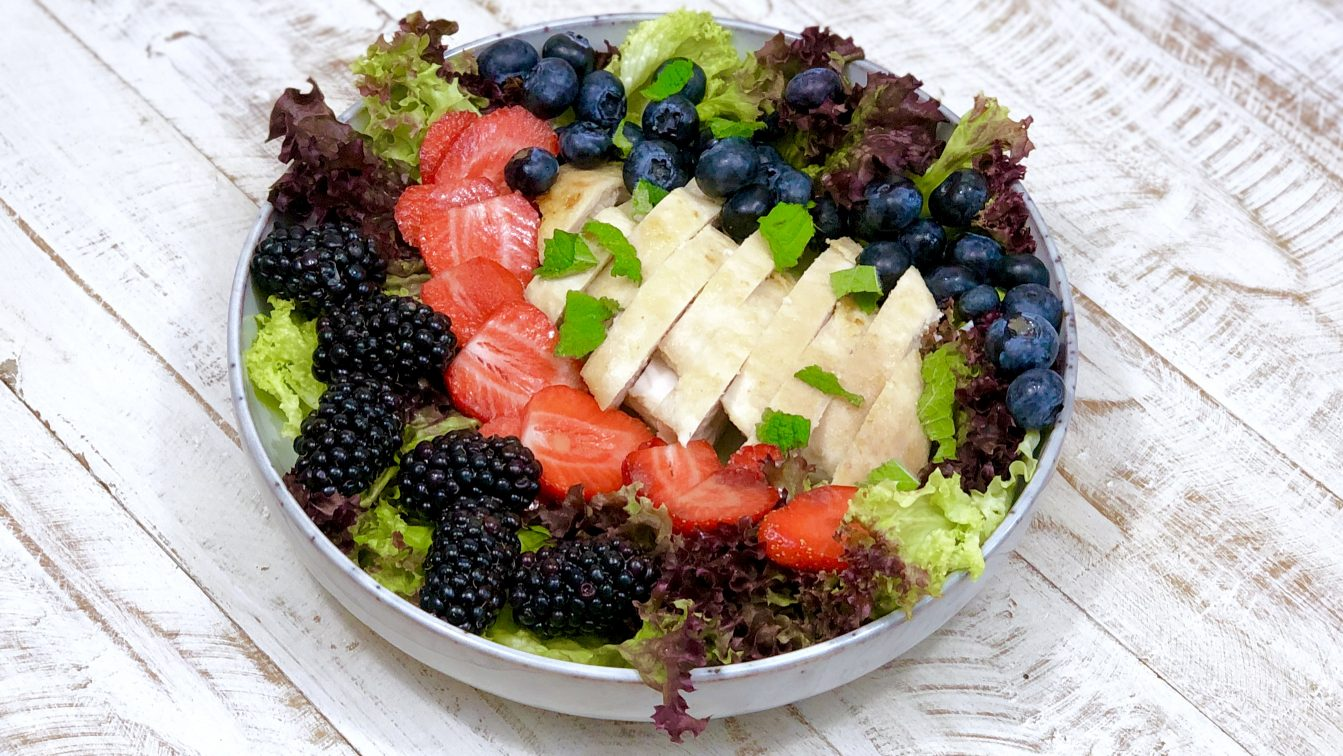 AIP Sommersalat mit Hähnchenbrust