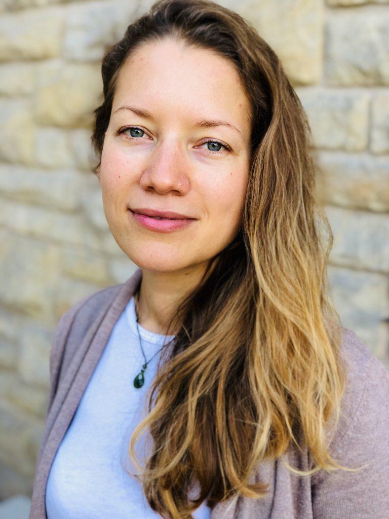Porträt von Sabrina Bergmann – Autoimmunprotokoll-Bloggerin und Buchautorin